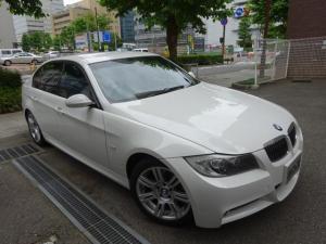 BMW 3シリーズ 320i Mスポーツパッケージ 正規ディーラー下取車 禁煙車 全正規ディーラー記録簿9枚完備 HDDナビ フルセグTV DVDビデオ再生 バックカメラ コンフォートアクセス スペアキー キセノン 3面フィルム貼り ETC 17AW