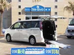トヨタ ノア X 福祉車両 ウェルキャブ タイプ2 車いす1基固定 8人乗り サードシート付き