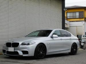 BMW 5シリーズ 523dブルーパフォーマンス 2Lディーゼルターボ キャメルレザー内装 走行3.3万km M5ルック 20インチアルミ