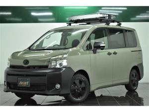 トヨタ ヴォクシー X Lエディション 後期型 8型ナビ バックカメラ フルセグ HIDヘッドライト ETC Bluetooth 新品ルーフラック ブラックアウトホイール 新品マッドタイヤ 両側パワースライドドア アウトドアカスタム