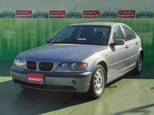 BMW 3シリーズ 320i 革シート ディーラー車 右ハンドル