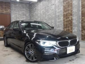 BMW 5シリーズ 530i Mスポーツ Harman Kardon サウンド アラウンドビューモニター コンフォートアクセス 黒革レザー