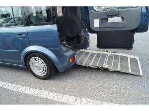 日産 キューブ 車イス輸送車 スロープタイプ