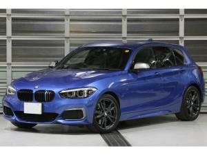 BMW 1シリーズ M140i エディションシャドー 最終特別仕様車 ワンオーナー車 ドライビングアシスト 黒革シート パークアシスト 18インチAW 新車保証 LEDライト Mスポーツブレーキ ハイグロスブラックトリム アドバンスパーキングアシスト