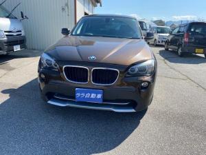 BMW X1 sDrive 18i ワンオーナー 純正ナビ キセノン ETC 17インチAW スマートキー クリアランスソナー