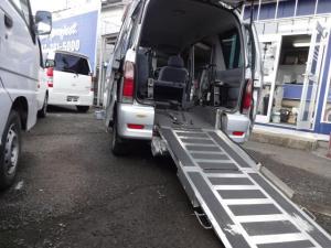 ダイハツ アトレーワゴン  スローパー福祉車両