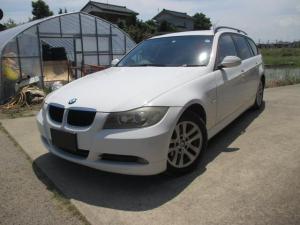 BMW 3シリーズ 320iツーリング 黒革シート プッシュスタート