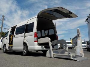 トヨタ レジアスエースコミューター 福祉車両 Dタイプ 車いす4脚 自動ドア 電格ミラー Bカメ