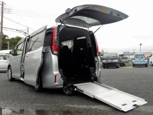 トヨタ ノア 福祉車両 スロープタイプII 3列シート8人乗り 電動固定式