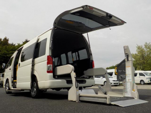 トヨタ ハイエースコミューター ウェルキャブ Dタイプ 車いす4脚仕様 福祉車両 電動固定式 リアリフト Bカメラ ETC 消費税非課税