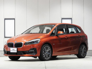 iBMW BMW 218dアクティブツアラー スポーツ 後期型 18inアルミ