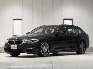 BMW 5シリーズ 523dツーリング Mスポーツ CD 地デジ 全周囲カメラ レザーシート 電動シート 前後シートヒーター 電動リアゲート 駐車アシスト ACC ドライビングアシスト 認定中古車