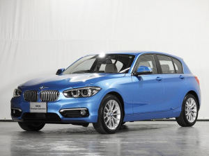 BMW 1シリーズ 118d ファッショニスタ リアカメラ レザーシート 縦列駐車アシスト ACC ドライビングアシスト 前後障害物センサー 禁煙 認定中古車