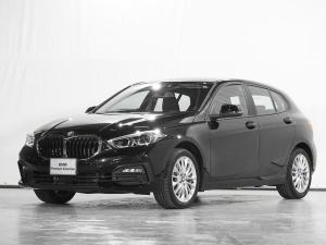 BMW 1シリーズ 118d プレイ エディションジョイ+ ワイヤレス充電 駐車アシスト リアカメラ リバースアシスト ドライビングアシスト 前後障害物センサー コンフォートアクセス 禁煙 認定中古車