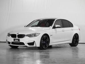 BMW M3 M3 HDDナビ 地デジ リアカメラ 電動革シート シートヒーター クルーズコントロール ドライビングアシスト 前後センサー コンフォートアクセス アダプティブLED 19AW 1オーナー 禁煙 認定中古車