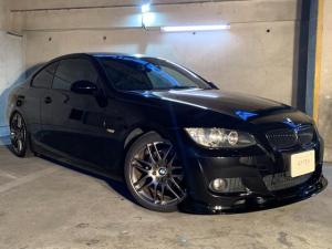BMW 3シリーズ 320i Mスポーツパッケージ 正規D車 右H サンルーフ 本革シート シートH コンフォートアクセス F/Rスポイラー GruppeMカーボンEGカバー Rカーボンアンダースポイラー 社外19AW 青焼きステンレス4本出しマフラー