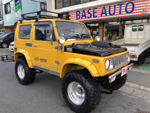 スズキ ジムニー ワイルドウインドリミテッド 4WD 5MT リフトアップ 社外マフラー 社外バンパー オーバーフェンダー