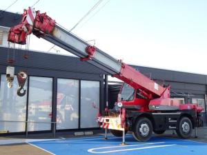 日本その他 日本  加藤製作所 KATO KR-10HM-L 4.9t吊り ラフテレーンクレーン ラフタークレーン 小型移動式クレーン クレーン検査書類有り令和3年10月30日まで アワメータ18340時間