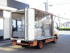 トヨタ ダイナトラック  移動販売車 キッチンカー 販売車登録 8ナンバー 左右跳ね上げパネル シンク ディーゼルターボ 5MT 積載800Kg バックカメラ NOx・PM適合 フードトラック ケータリングカー
