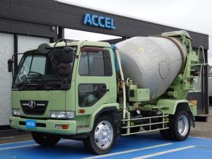 日産ディーゼル コンドル  カヤバミキサー車 増トン ドラム容量6.3立米 最大混合容量3.2立米 KYB MR3240 積載8,080Kg ナンバー付き 6MT 日野製エンジン J07E Dターボ ドラム内部はつり清掃済み