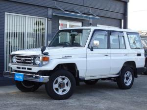 トヨタ ランドクルーザー70 LX 後期型 HZJ76V 4ナンバー ナロー AT車 ブラVアルミ4本 メーカーオプション集中ドアロック・パワーウインド タイミングベルト交換済 1HZエンジン フロントコイル NOx・PM非適合