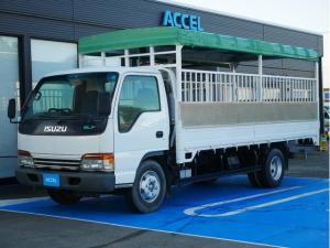 いすゞ エルフトラック  家畜運搬車 最大積載4t 6MT 荷台内寸長さ501cm・幅206cm・高さ187cm 荷台床面地上高106cm NOx・PM適合 一時抹消中