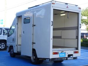 三菱ふそう キャンター  4WD NOx・PM法適合DPF装着済み 積載1,300Kg パネルV リアシャッタードア 左サイドスライドドア 5MT 原動機4M40 ディーゼル 1ナンバー ラッシングレール2段
