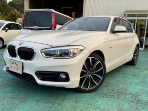 BMW 1シリーズ 118i スポーツ 純正ナビ・ETC・Bカメラ・OZ18AW