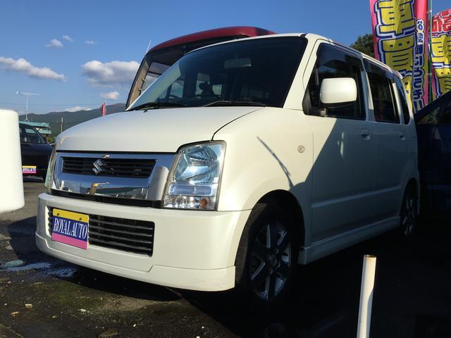 ご来店頂ける静岡県東部のお客様の販売とさせて頂きます お買い得な軽自動車です!人気のパールホワイト!オシャレです!