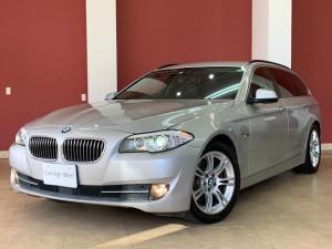 BMW 5シリーズ 523dブルーパフォーマンス ツーリングハイラインP アドバンスドアクティブセーフティPKG・黒革シート・地デジ付き純正ナビ・バックカメラ・スマートキー・Mスポーツ18インチアルミ・エアサス新品・ETC・HIDライト
