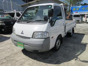 三菱 デリカトラック DX