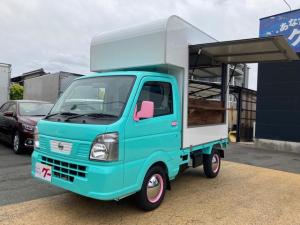 日産 NT100クリッパートラック  キッチンカー 開閉式サイドカウンター 木製カウンターキッチン 換気扇 コンセント 給水タンク AC AT