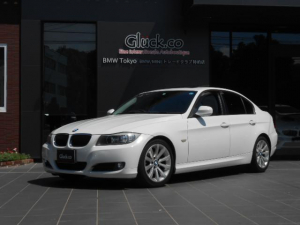 BMW 3シリーズ 320i サンルーフ OP17インチアルミ