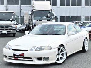トヨタ ソアラ 2.5GT-T 純正5MT CST18インチ HIDライト