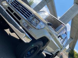 トヨタ ランドクルーザープラド  4WD/ナビ/バックカメラ/LEDテール/リフトアップ/シートカバー/キーレス