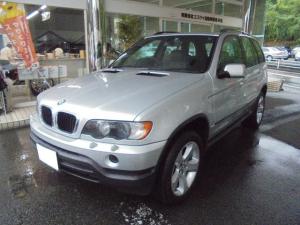BMW X5 3.0i BLACKレザーインテリア サンルーフ 純正ナビ ETC オプション19インチAW
