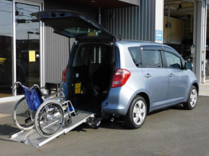 トヨタ ラクティス  福祉車両 車いすスロープ 車いす1名3名乗車 全国登録手数料込み価格 全国1年保証