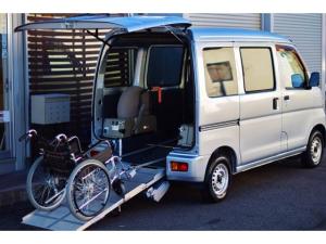 ダイハツ ハイゼットカーゴ  スローパー ウェルキャブ 車いす1基仕様車 福祉車輌 両側スライドドア 禁煙車 電動ウインチリモコン付き 車いす固定装置 リアスロープ