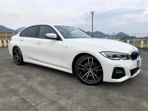 BMW 3シリーズ 320i Mスポーツ 純正ナビ Bカメラ 黒革シート Pシート シートH サンルーフ インテリジェントS ブレーキS レーンA ステアリングサポート レーダークルーズC パドルシフト Pセンサー 置くだけ充電 ETC