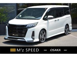 トヨタ ノア  8人乗 ZEUS新車カスタムコンプリートカー!エアロ(F/R)・グリル・FT・アイライン・4本出マフラー・ダウンサス・18インチAW・アルパインナビ・ETC・バックカメラ付。
