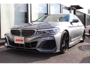 BMW 5シリーズ 530e Mスポーツアイパフォーマンス 530eMスポーツBEAMコンプリート黒革HUDメーカー保証