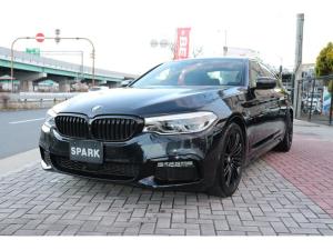 BMW 5シリーズ 523iMスポーツブラックアウト HUD ハーマンカードン