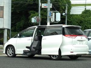 トヨタ エスティマ アエラス サイドリフトアップシート 電動回転昇降 福祉車両 両側電動スライドドア キセノン バックモニター付HDDナビTV 後席用モニター タイミングチェーン