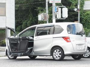 ホンダ フリード G 助手席リフトアップシート 福祉車両 7人乗 ナビTV キセノン 左側電動スライドドア タイミングチェーン