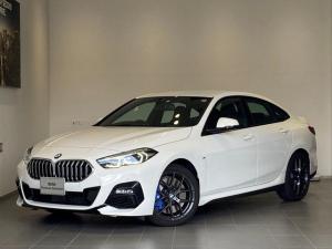 BMW 2シリーズ 218iグランクーペ Mスポーツ MスポーツプラスPKG パワーシート LEDヘッドライト 純正18インチAW Mブレーキ HDDナビ Bカメラ ミラーETC アルカンタラスポーツシート インテリアイルミネーション