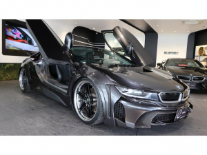BMW i8 エナジーコンプリートカーEVOi8 カーボンED 1オーナー