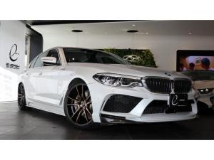 BMW 5シリーズ 530eラグジュアリー アイパフォーマンス エナジーコンプリートカーEVO G30.1 車検R3/9 プラグインハイブリッドモデル EVO G30.1専用カーボンリップ コンフォートシート フロントマッサージシート ソフトクローズドドア