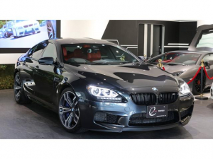 BMW M6 グランクーペ MDCTドライブロジック コンフォートP Fアクティブシート Fベンチレーションシート リアシートヒーター 4ゾーンオートマチックエアコンディショナー Bang&Olfusen 赤革シート
