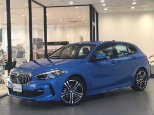 BMW 1シリーズ 118i Mスポーツ コンフォートアクセス アクティブクルーズコントロール コンフォートパッケージ ライトパッケージ バックカメラ iDrive ナビゲーションPKG  電動リアゲート 液晶メーター