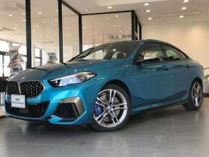 BMW 2シリーズ M235i xDriveグランクーペ デビューパッケージ 純正18インチアルミホイール アクティブクルーズコントロール ビジョンパッケージ Hi-Fiスピーカー クロスシート 認定保証 禁煙車 純正HDDナビ Mスポーツブレーキ